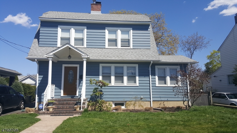 Single Family Home for Sale at 91 Elm Street Elmwood Park, New Jersey 07407 United States