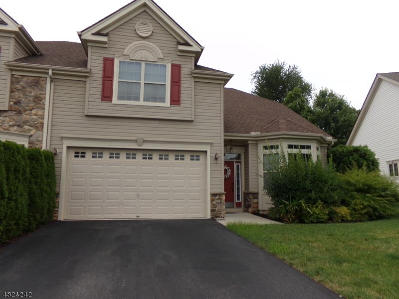 Casa Unifamiliar por un Venta en 581 EDWARD Street Lopatcong, Nueva Jersey 08865 Estados Unidos