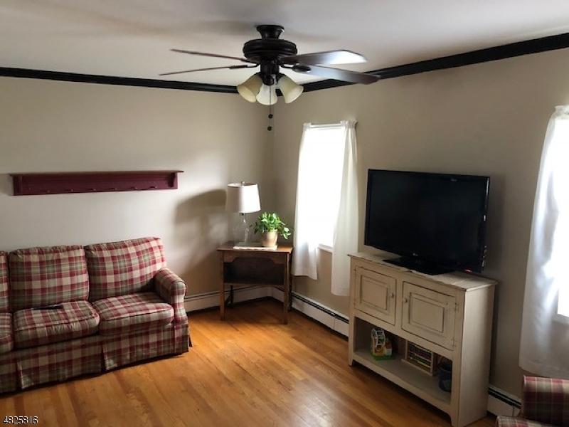 獨棟家庭住宅 為 出售 在 857 SOUTH BLVD Alpha, 新澤西州 08865 美國