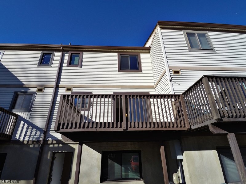 Condo / Townhouse for Sale at 110 STONEGATE Lane Stanhope, New Jersey 07874 United States