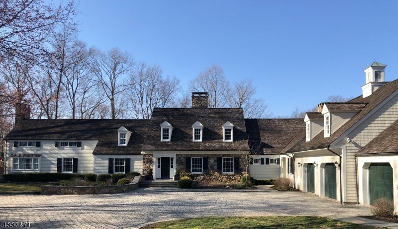 Villa per Vendita alle ore 90 SPRING HOLLOW Road Far Hills, New Jersey 07931 Stati Uniti