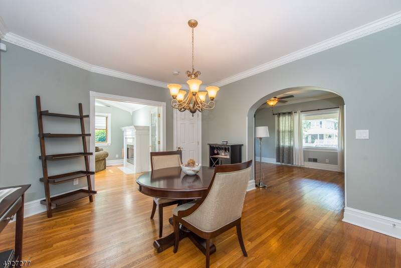 Additional photo for property listing at  Nutley, 新澤西州 07110 美國