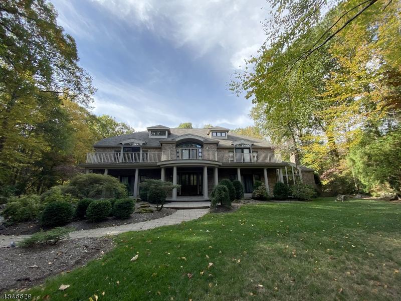 Single Family Homes för Försäljning vid Kinnelon, New Jersey 07405 Förenta staterna