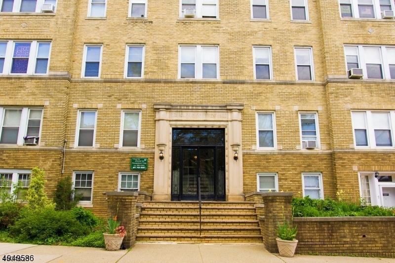 Property para Arrendar às Montclair, Nova Jersey 07042 Estados Unidos