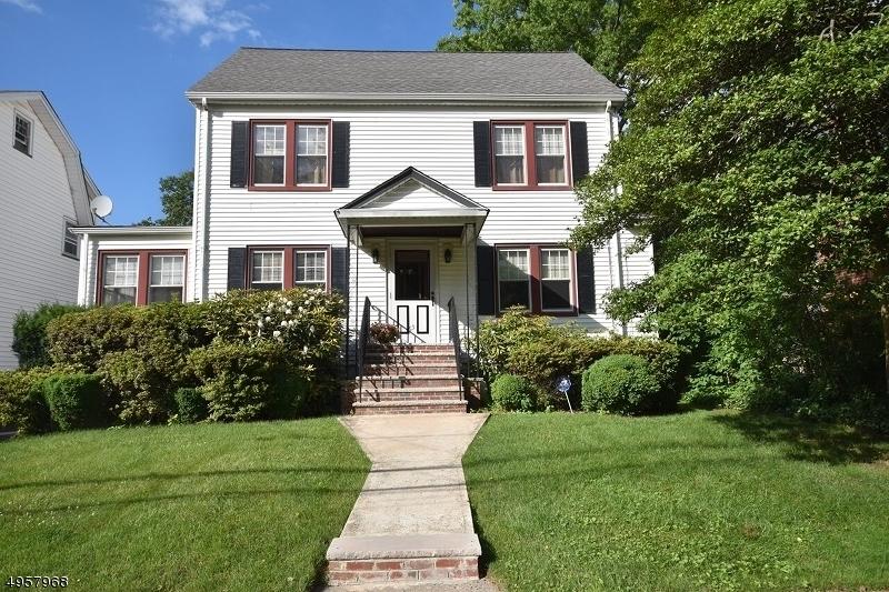Single Family Homes للـ Sale في Maplewood, New Jersey 07040 United States