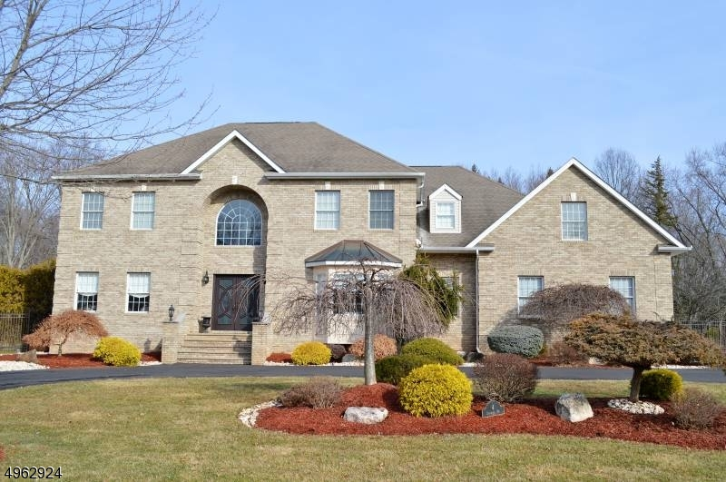 Single Family Homes 为 销售 在 Parsippany, 新泽西州 07054 美国