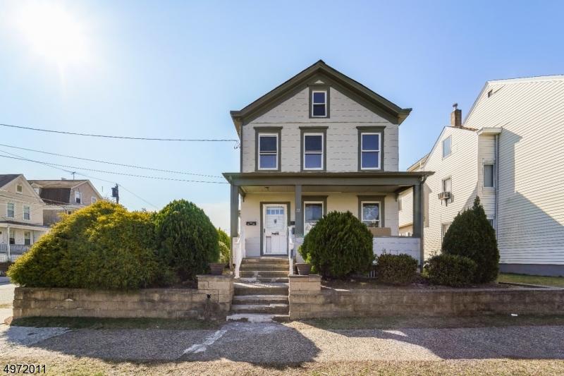 Multi-Family Homes per Vendita alle ore Haledon, New Jersey 07508 Stati Uniti