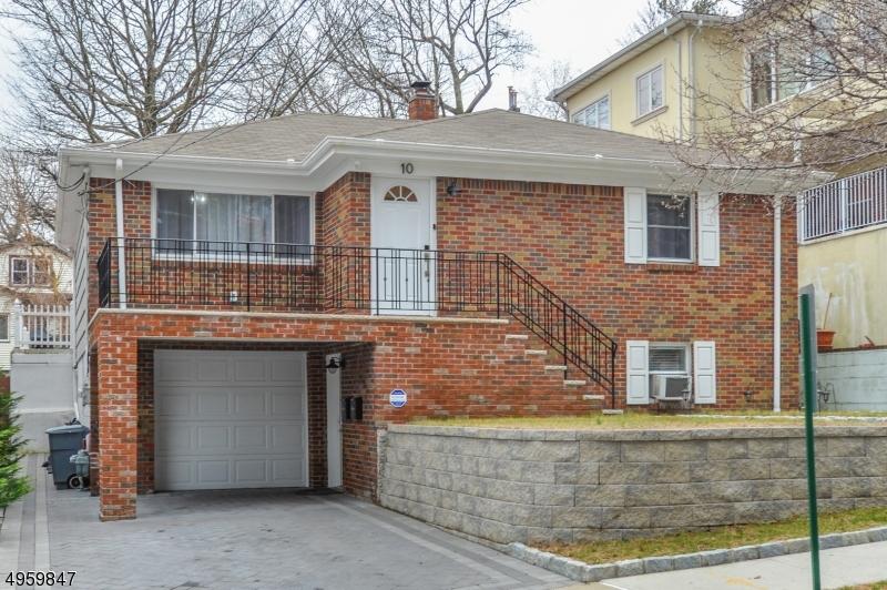 Multi-Family Homes por un Venta en Cliffside Park, Nueva Jersey 07010 Estados Unidos