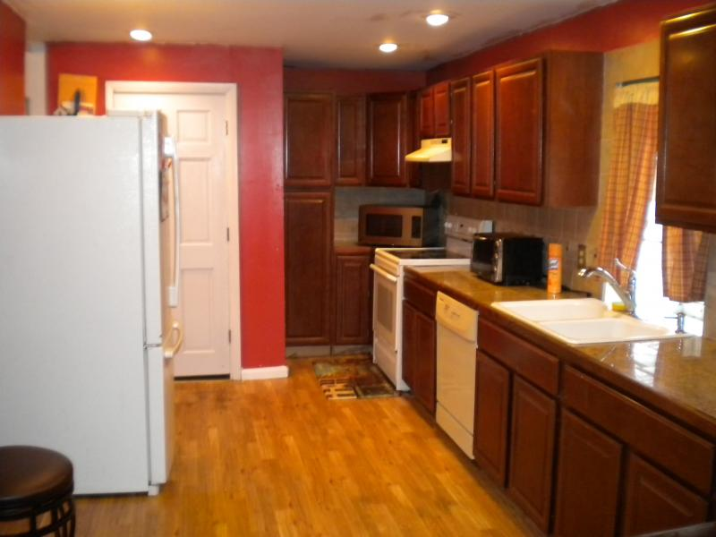 Additional photo for property listing at 287 Spring Street  Newton, New Jersey 07860 United States