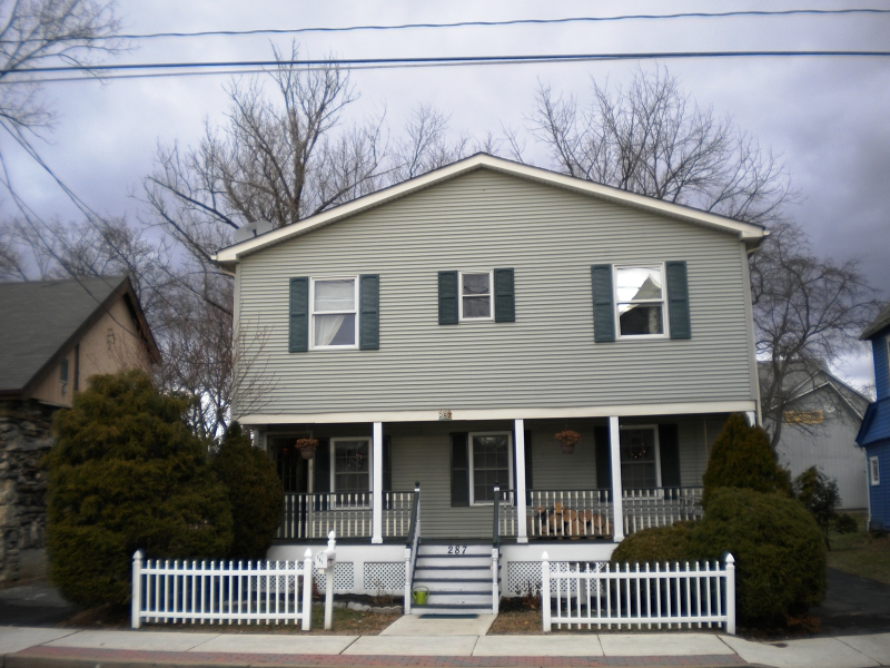 Single Family Home for Sale at 287 Spring Street Newton, New Jersey 07860 United States