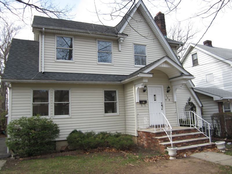 Additional photo for property listing at 158 MINERAL SPRG A  Passaic, New Jersey 07055 United States