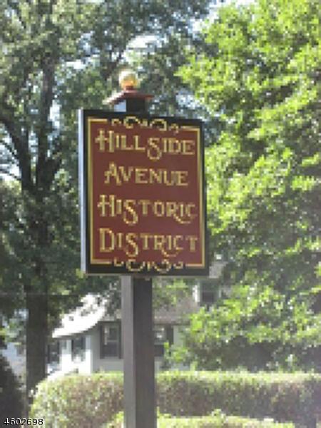 Additional photo for property listing at 996 HILLSIDE AVENUE  Plainfield, Нью-Джерси 07060 Соединенные Штаты