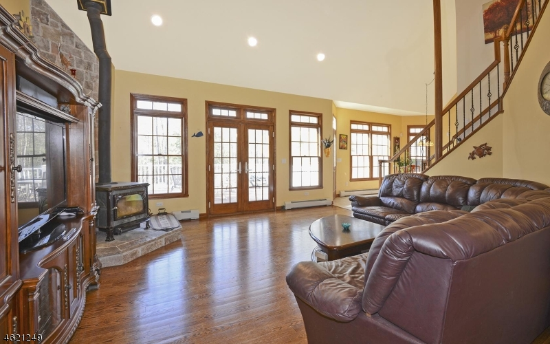 Additional photo for property listing at 63 Lebanon Road  Hewitt, New Jersey 07421 United States