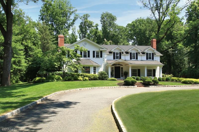 独户住宅 为 销售 在 143 Oval Road Essex Fells, 07021 美国