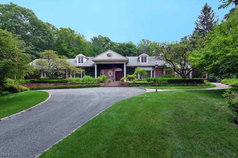 独户住宅 为 销售 在 13 Denison Dr E 马鞍河, 新泽西州 07458 美国