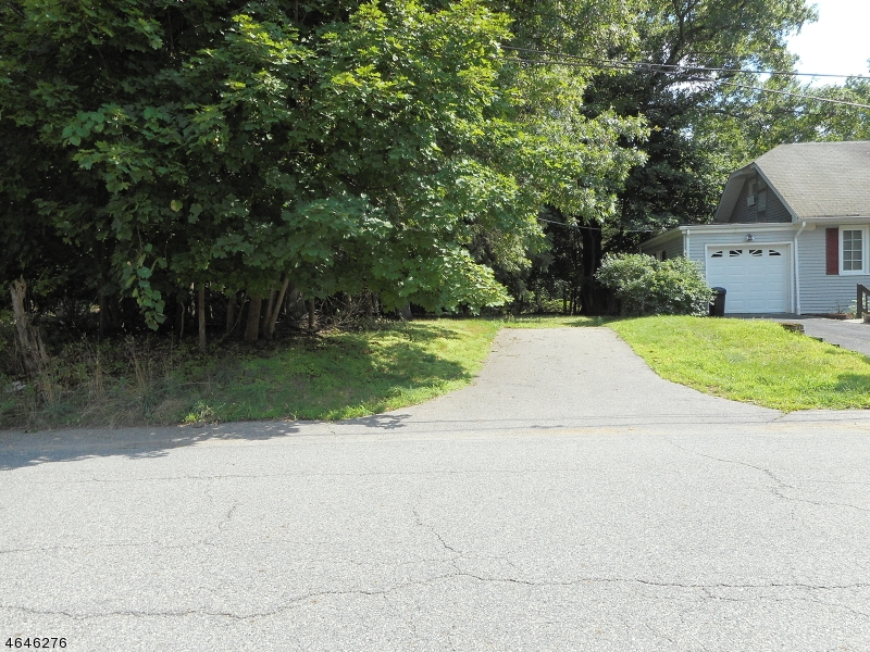 Additional photo for property listing at 993 State Route 23  Wayne, Nueva Jersey 07470 Estados Unidos