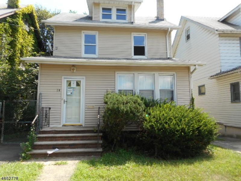 Casa Unifamiliar por un Venta en 14 Coolidge Street Irvington, Nueva Jersey 07111 Estados Unidos