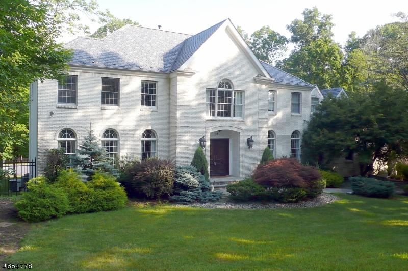 独户住宅 为 销售 在 19 Nottingham Way Warren, 新泽西州 07059 美国