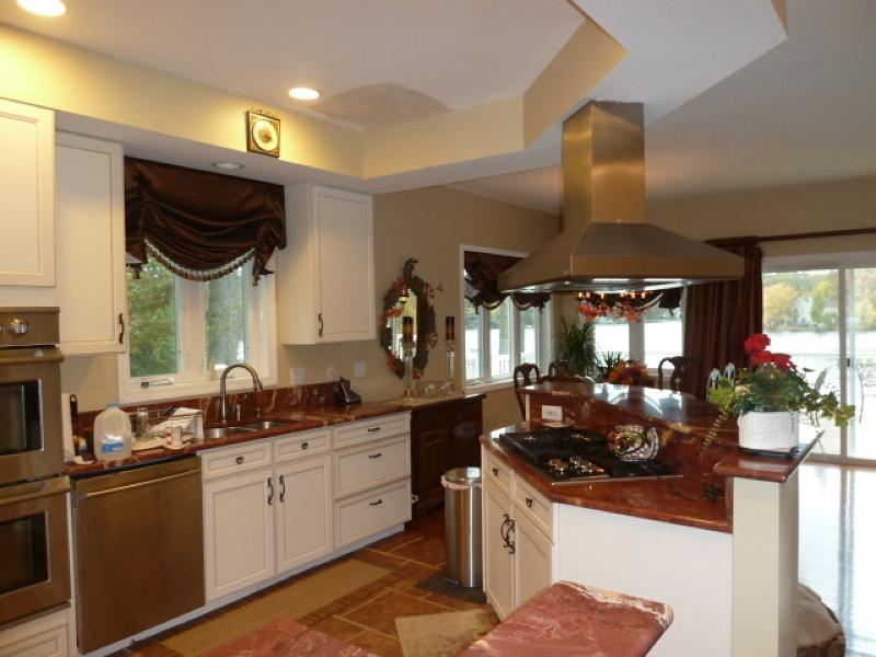Additional photo for property listing at 10 Emerson Road  Hewitt, Нью-Джерси 07421 Соединенные Штаты