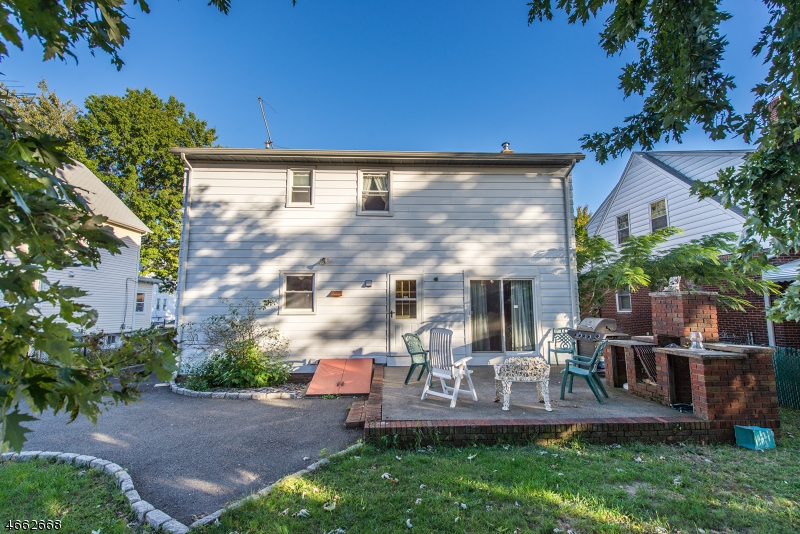 Additional photo for property listing at 66 Major Street  Clifton, Нью-Джерси 07013 Соединенные Штаты