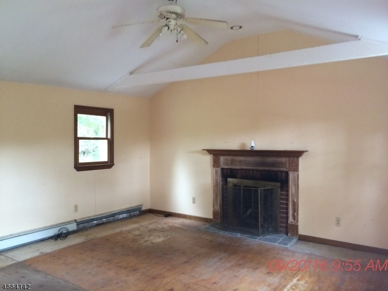 Additional photo for property listing at 141 State Route 15  拉斐特, 新泽西州 07848 美国