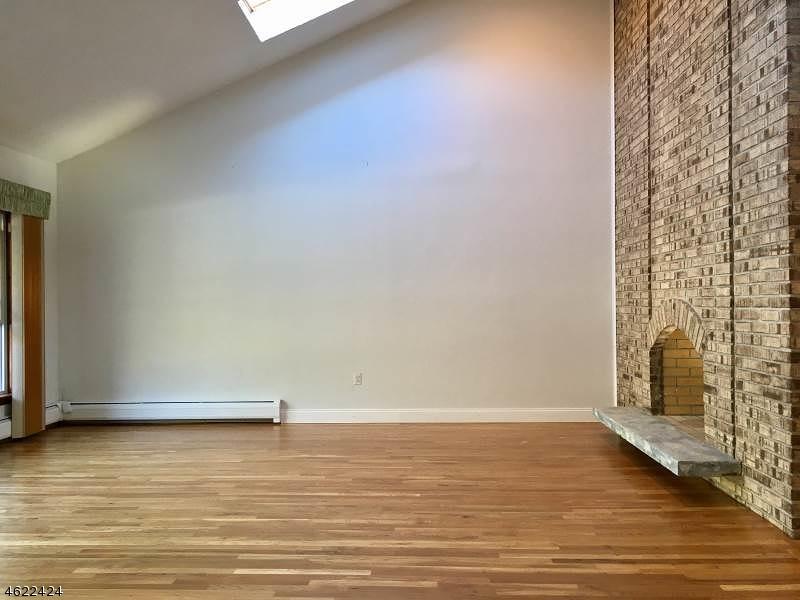 Additional photo for property listing at 11 Woodbine Road  Florham Park, 新泽西州 07932 美国