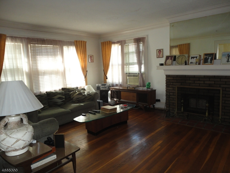 Additional photo for property listing at 167 Tremont Avenue  Orange, New Jersey 07050 United States
