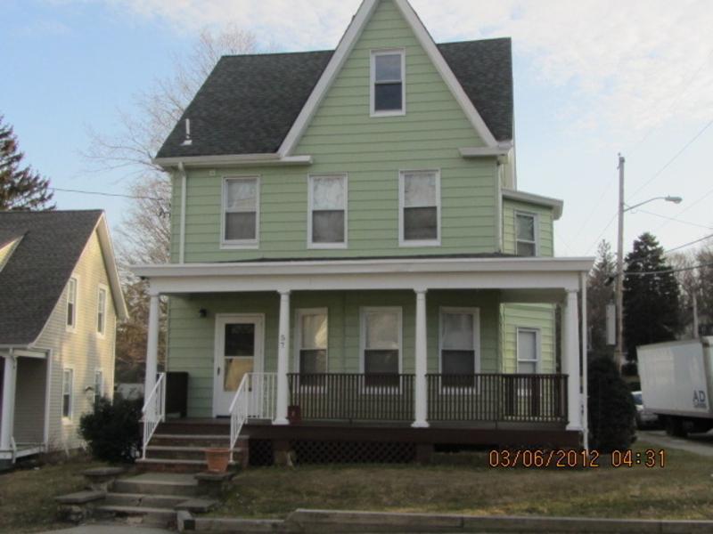 Частный односемейный дом для того Аренда на 57 Kiel Avenue Butler, Нью-Джерси 07405 Соединенные Штаты