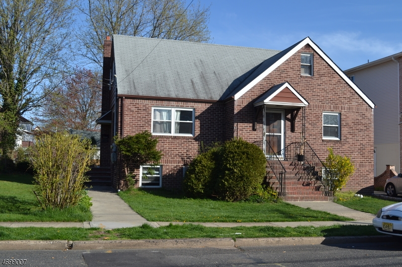Single Family Home for Rent at 330 Chase Ave G Lyndhurst, New Jersey 07071 United States