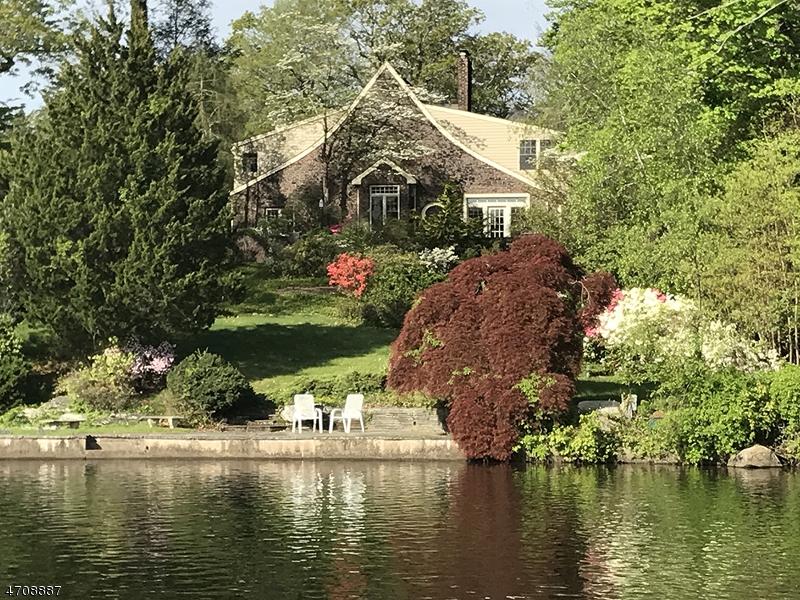 Частный односемейный дом для того Продажа на 744 PINES LAKE Drive Wayne, 07470 Соединенные Штаты