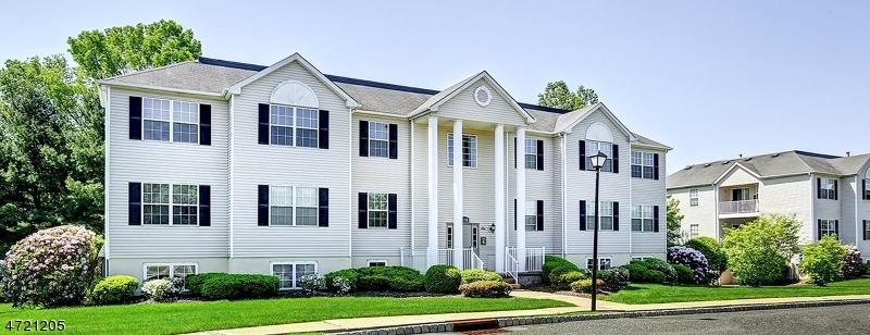 Частный односемейный дом для того Аренда на 100 Liberty Village Drive Warren, Нью-Джерси 07059 Соединенные Штаты