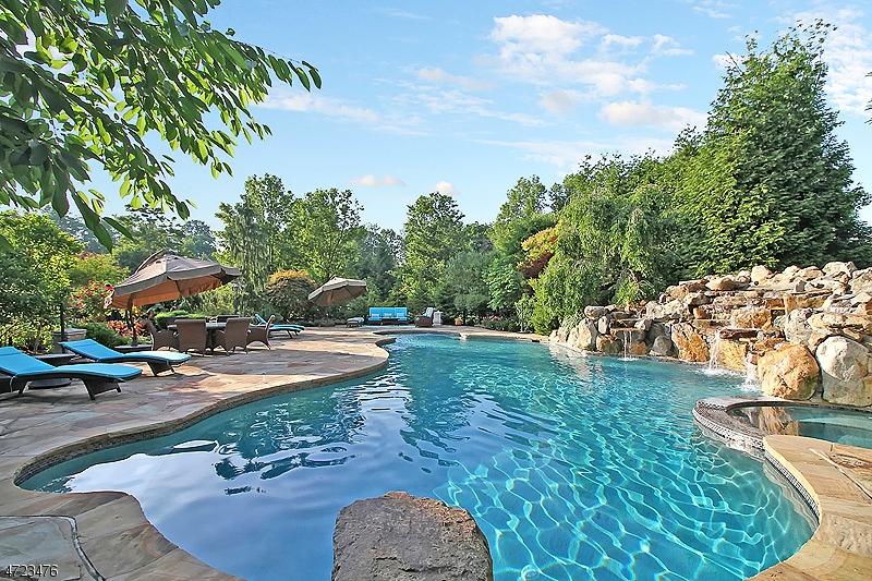 واحد منزل الأسرة للـ Sale في 57 Overlook Avenue Bernards Township, New Jersey 07920 United States