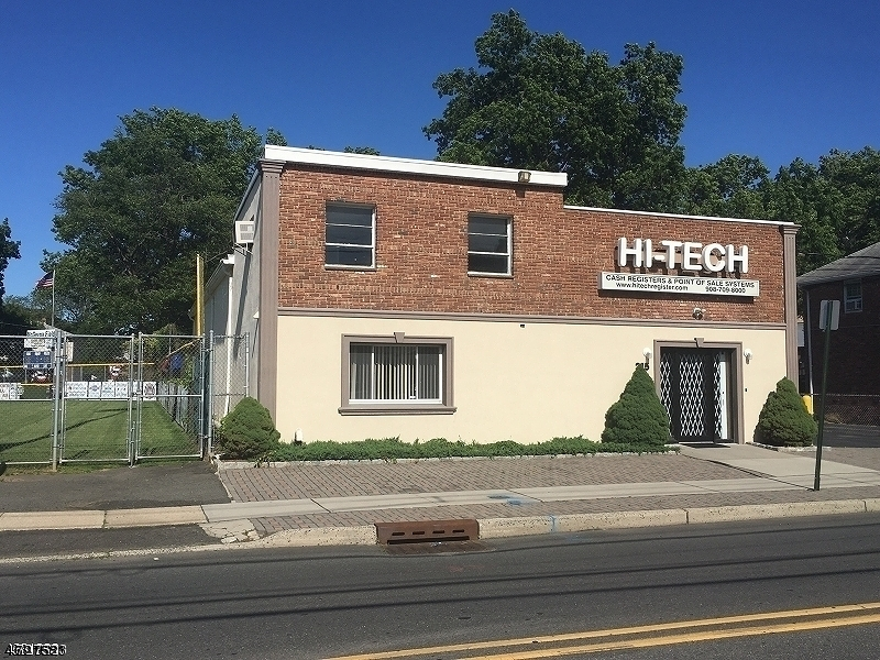 Commercial for Sale at 215 N 14th Street Kenilworth, New Jersey 07033 United States