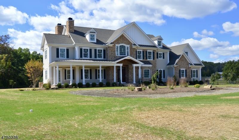 Частный односемейный дом для того Продажа на 224 Mountain Road 224 Mountain Road Bernards Township, Нью-Джерси 07920 Соединенные Штаты