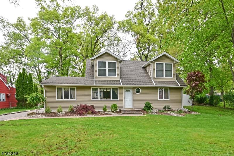 Maison unifamiliale pour l à louer à 9 Laytham Drive Wayne, New Jersey 07470 États-Unis