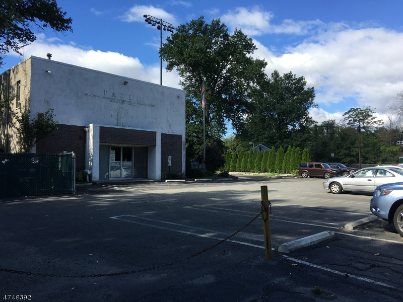 Commercial for Sale at 154-156 Columbus Way Paramus, New Jersey 07652 United States