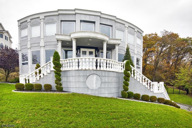 一戸建て のために 売買 アット 47 Mountainwood Court 47 Mountainwood Court Totowa Boro, ニュージャージー 07512 アメリカ合衆国