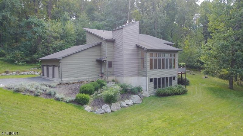 Maison unifamiliale pour l à louer à 22 Reservoir Road Washington, New Jersey 07840 États-Unis