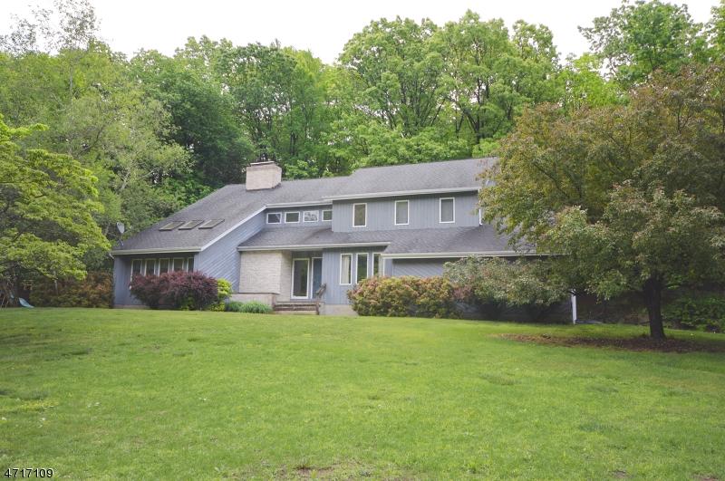 Casa Unifamiliar por un Venta en 30 Radcliffe Drive Sparta, Nueva Jersey 07871 Estados Unidos