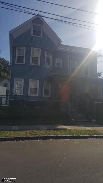 Casa Unifamiliar por un Alquiler en 689-693 E 26TH Street Paterson, Nueva Jersey 07504 Estados Unidos