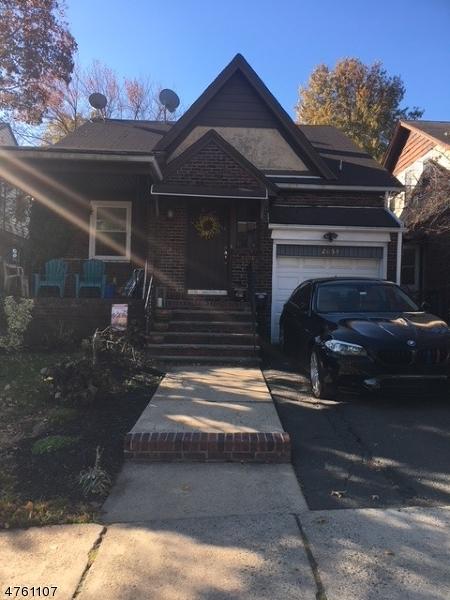 多户住宅 为 销售 在 2054 Stanley Ter Union, 新泽西州 07083 美国
