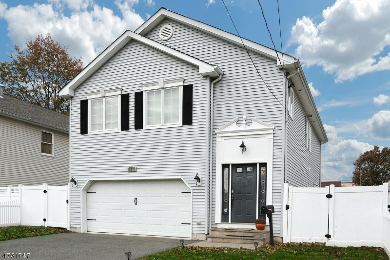 Single Family Home for Sale at 17 Falmouth Avenue Elmwood Park, New Jersey 07407 United States