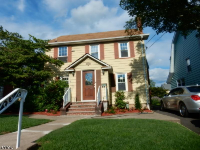 Casa Unifamiliar por un Alquiler en 101 Bamford Avenue Hawthorne, Nueva Jersey 07506 Estados Unidos