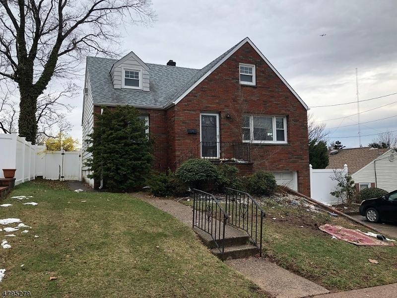 Частный односемейный дом для того Продажа на Address Not Available Hackensack, Нью-Джерси 07601 Соединенные Штаты