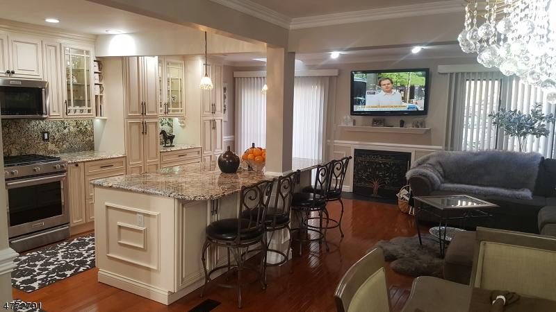 Condominio/ Casa de pueblo por un Alquiler en 22 AVERELL Drive Parsippany, Nueva Jersey 07950 Estados Unidos