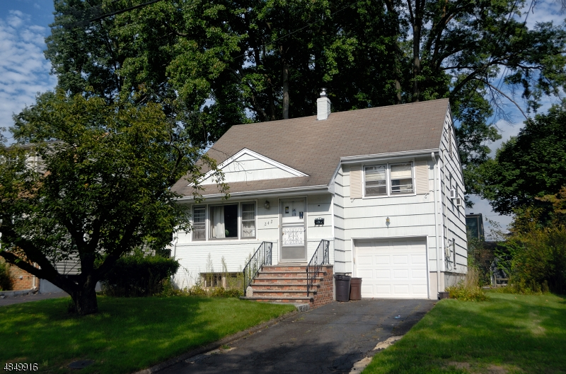 Single Family Home for Sale at 242 HICKORY Avenue Garwood, New Jersey 07027 United States