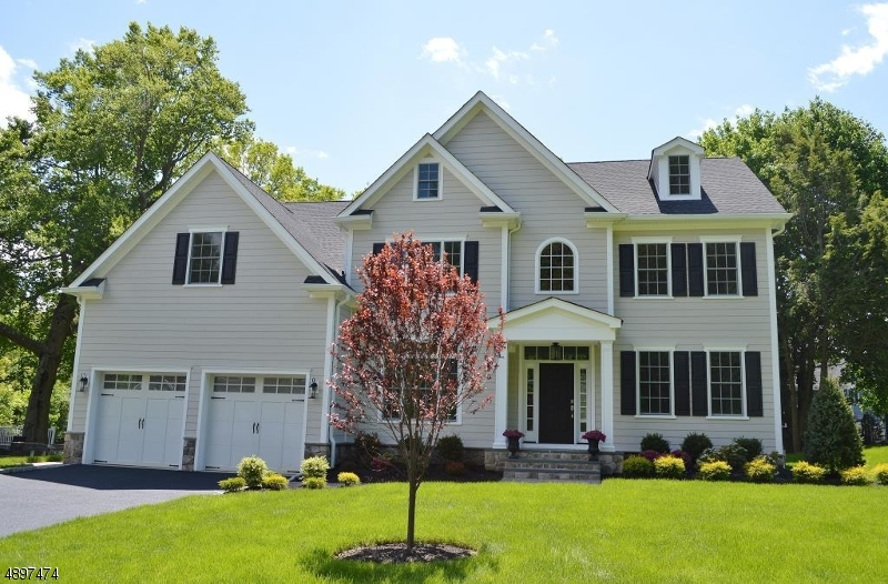Single Family Home for Sale at 54 EDGEWOOD DR Florham Park, New Jersey 07932 United States