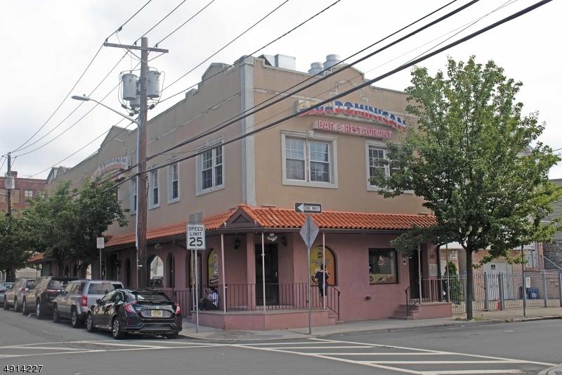 Коммерческий для того Продажа на Newark, Нью-Джерси 07102 Соединенные Штаты