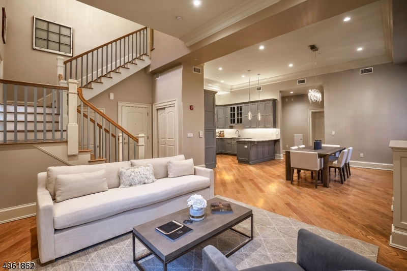 Condo / Townhouse for Sale at Bernardsville, New Jersey 07924 United States