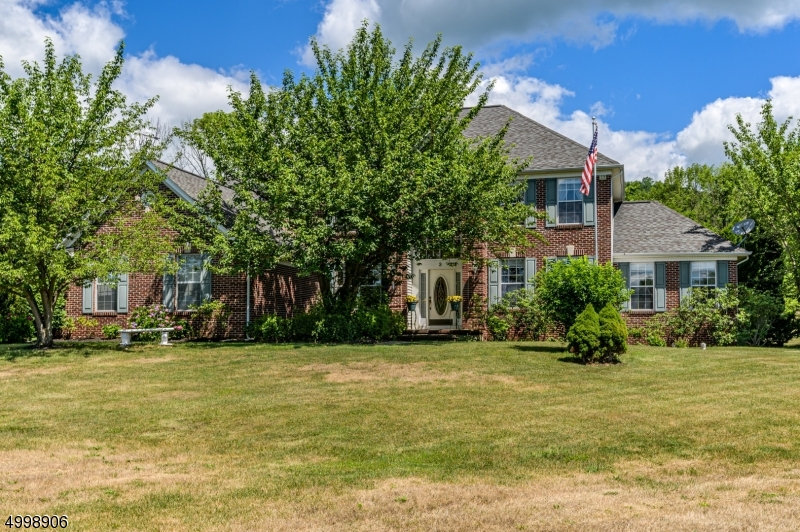 Single Family Homes for Sale at Lopatcong, New Jersey 08886 United States